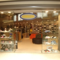 RETAIL - CORRADO, C/C LE FORNACI - BEINASCO (TO)